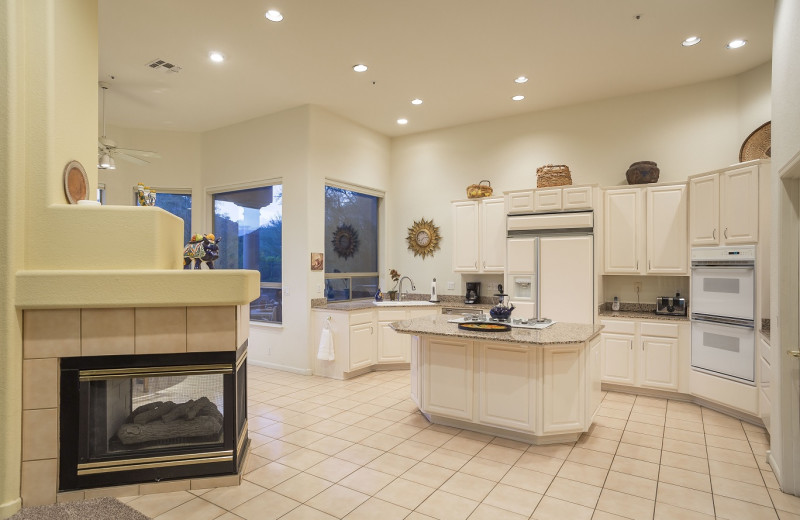 Rental kitchen at Padzu Vacation Homes - Scottdale.