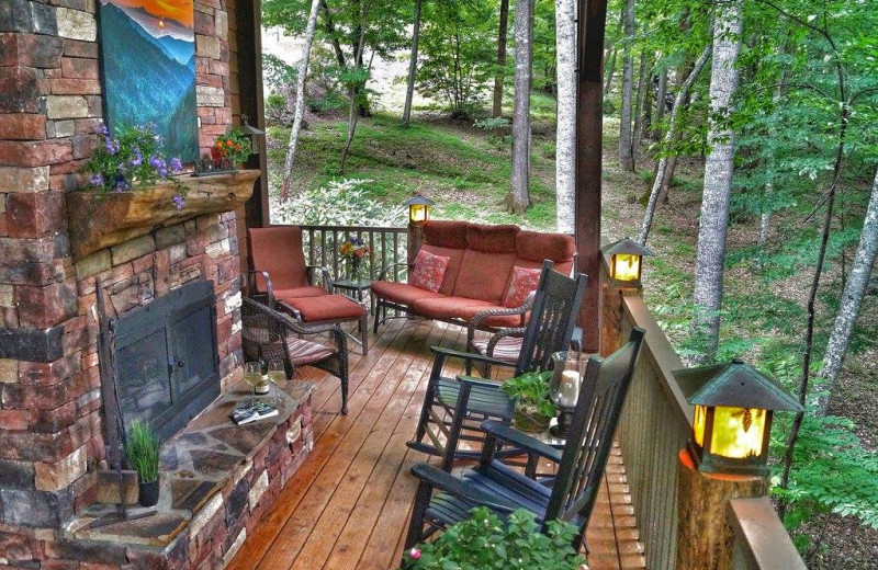 Cottage patio at Timber Frame Rentals.