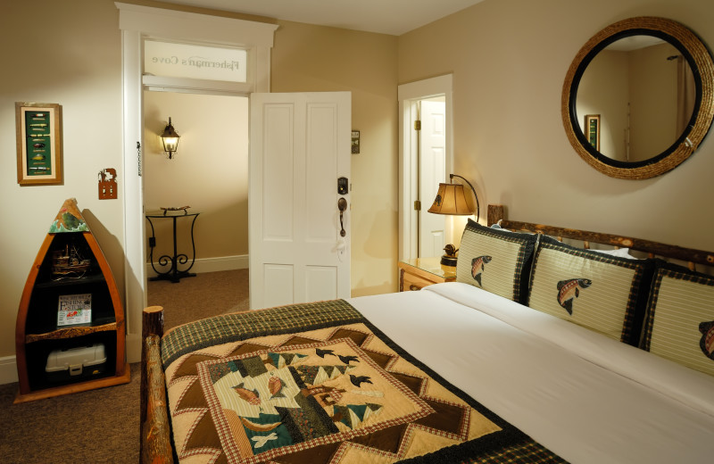 Fisherman's Cove bedroom at The Branson Hotel.