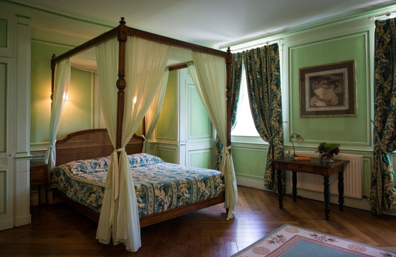 Guest room at Château de Sassetot.