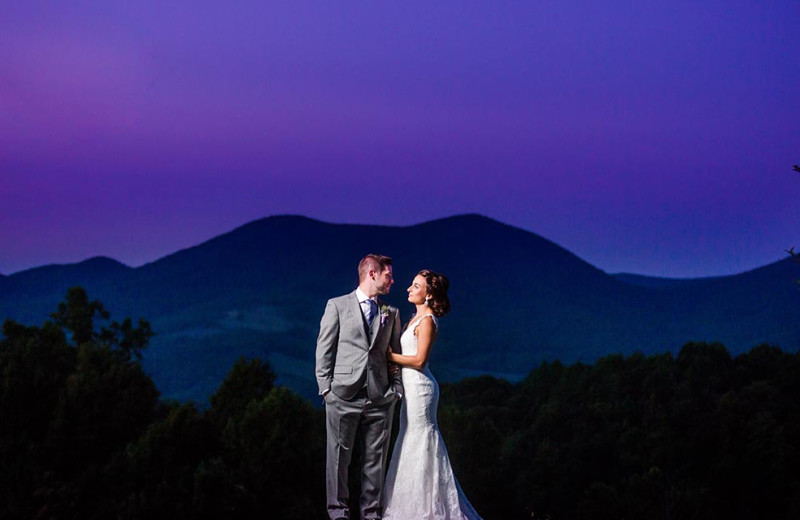 Weddings at House Mountain Inn.