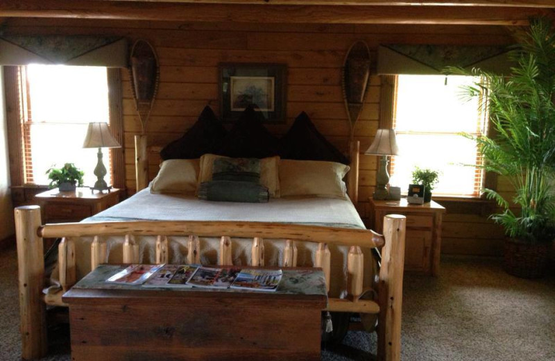 Guest bedroom at Pine Lakes Lodge.