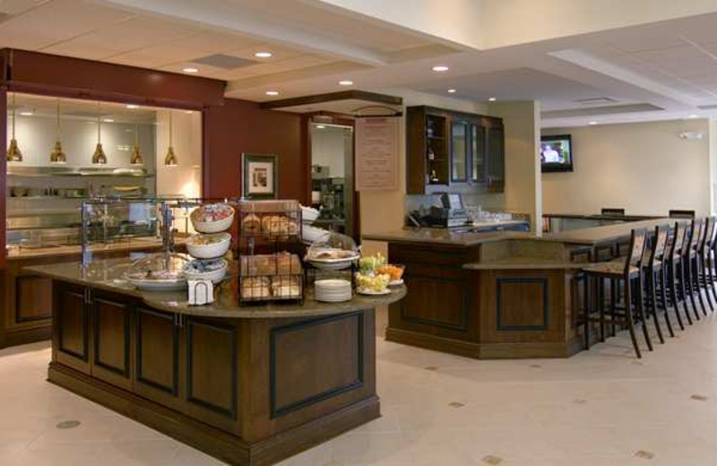 Breakfast dining at Hilton Garden Inn Cleveland East/Mayfield Village.