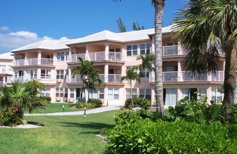Exterior view of Island Seas Resort.