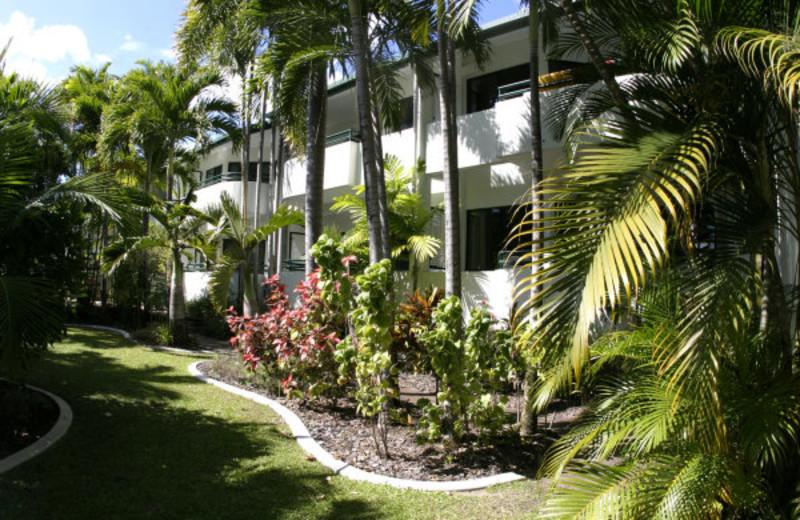 Exterior view of Half Moon Bay Resort.