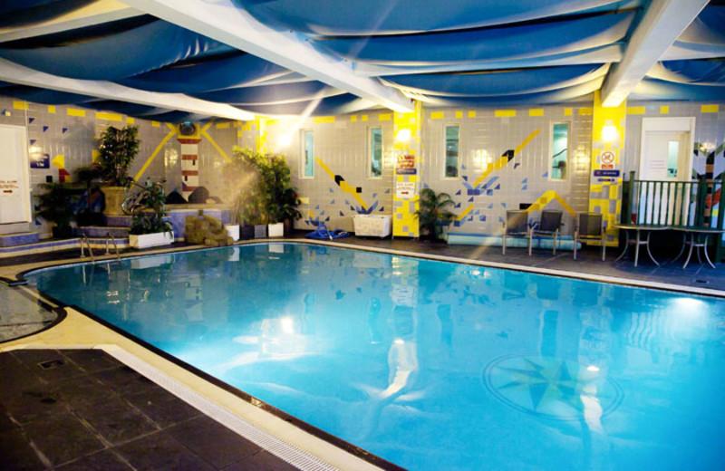 Indoor pool at Rendezvous Hotel.
