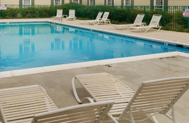 Outdoor Pool at Holiday Inn Leesburg