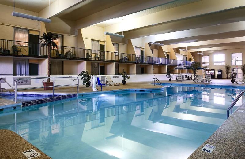 Indoor pool at Country Inn & Suites - Fergus Falls.