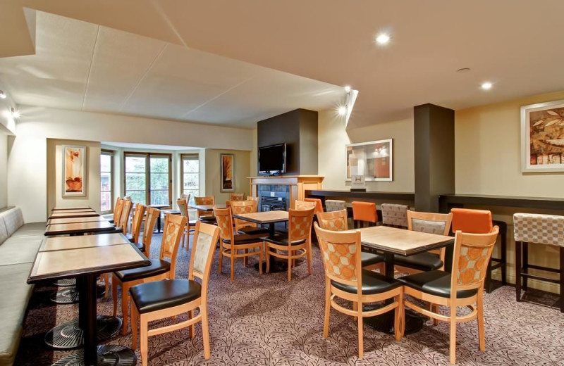 Dining at Homewood Suites by Hilton Mont-Tremblant Resort.