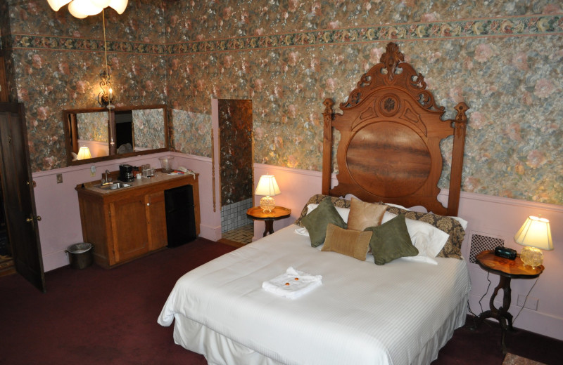 Guest room at Palace Hotel and Bath House Spa.