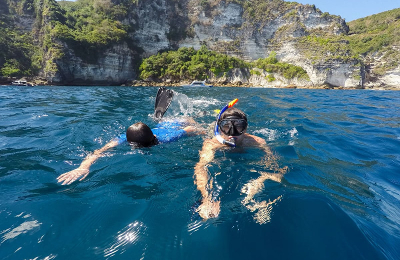 Snorkeling at El Rio Negro Sport Fishing.