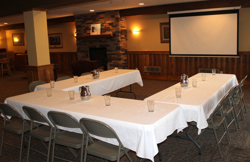 Meeting room at Big Sandy Lodge & Resort.