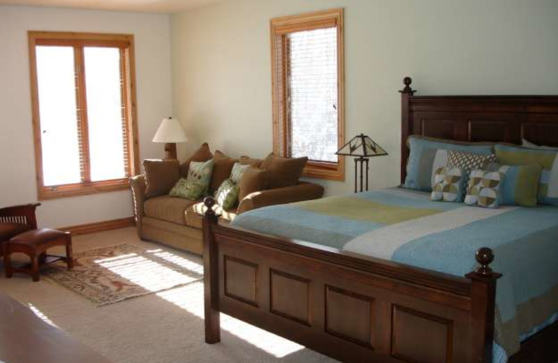 Guest room at Fox Creek Inn Bed & Breakfast.