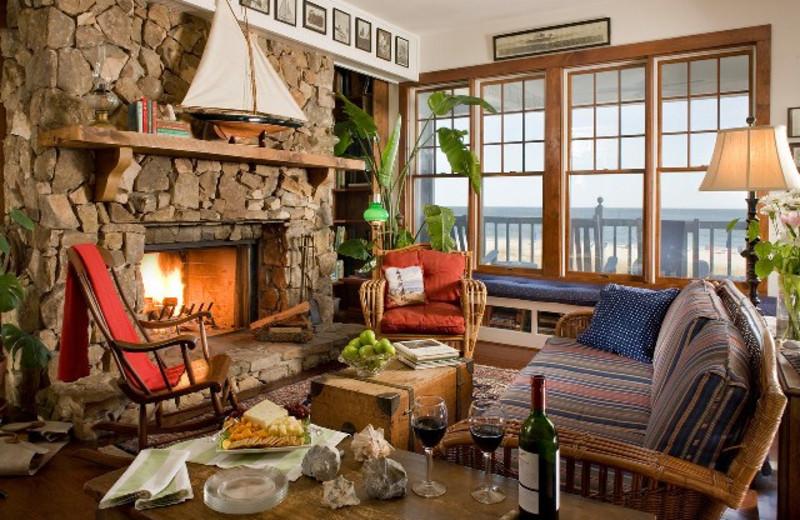 Living Room at Elizabeth Pointe Lodge