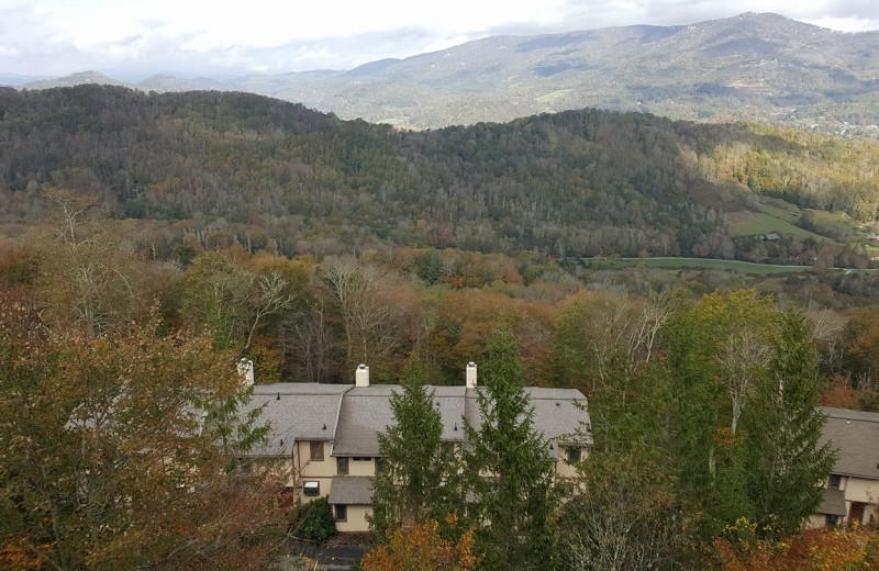 Exterior view of Highlands At Sugar Resort.