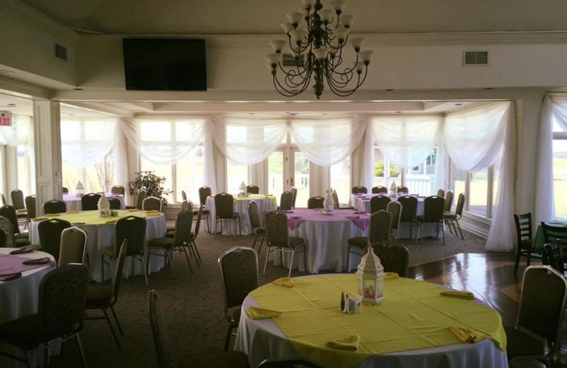 Wedding at Sawmill Creek Golf Resort & Spa.
