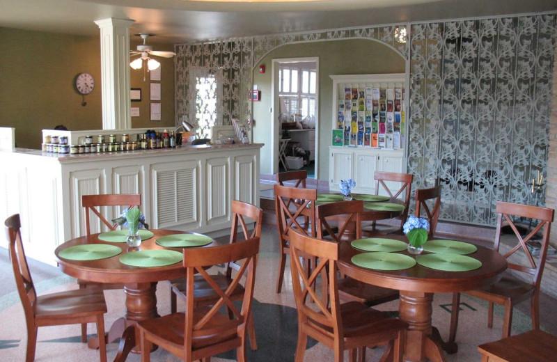 Dining area at Land O Nod Inn.