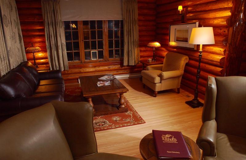 Cabin living room at Elkhorn Manor.