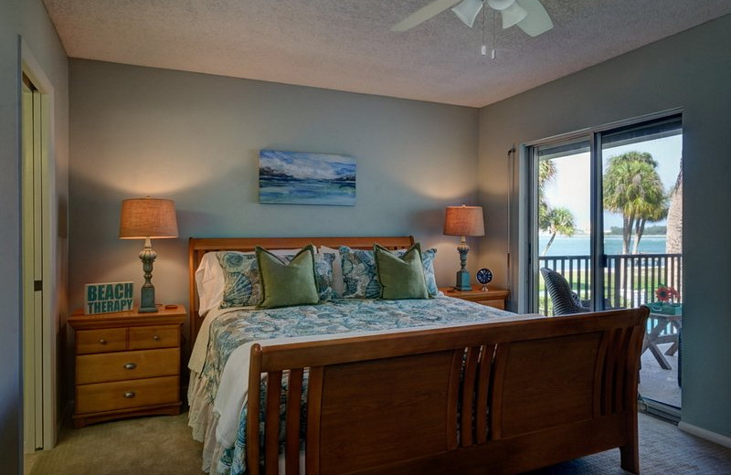 Rental bedroom at beachrentals.mobi. LLC.