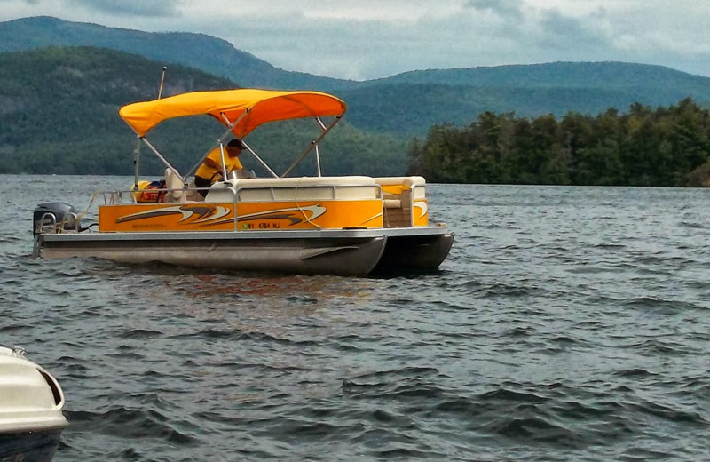 Boating at Contessa Resort.