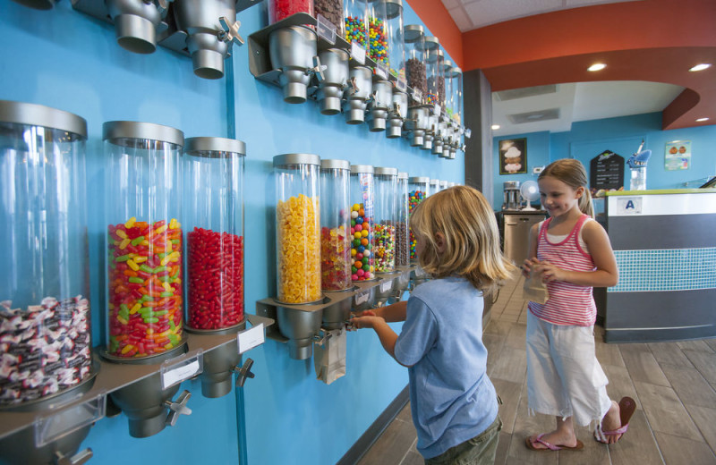 Candy shop at Crown Reef Resort.