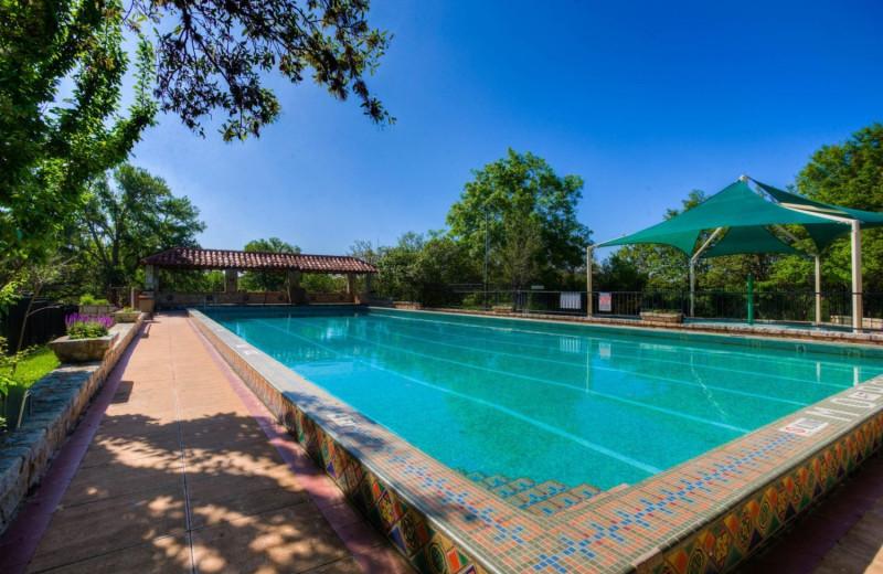 Outdoor pool at Mo-Ranch.