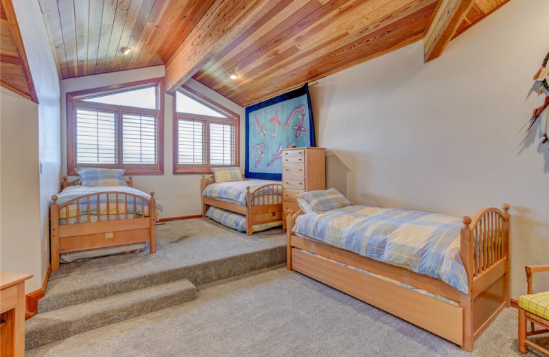 Rental bedroom at Alpine Ski Properties.
