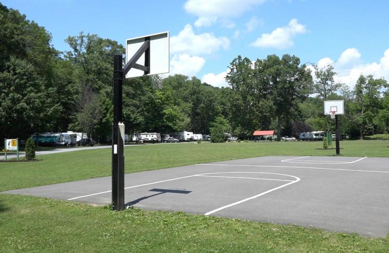 Tennis court at Yogi at Shangri-La - Jellystone Park.