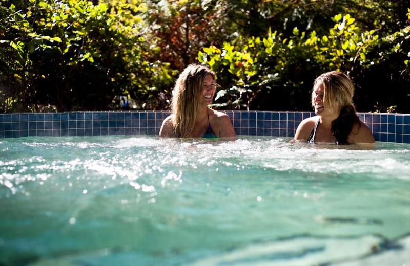Hot tub at Long Beach Lodge Resort.
