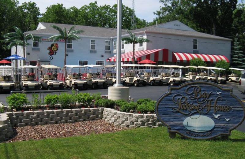 Exterior View of Bay Lodging Resort