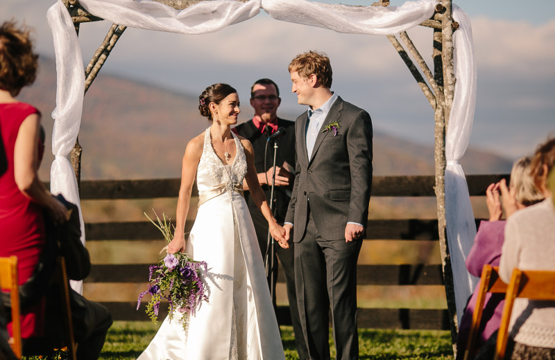 Hold your ceremony at Montfair Resort Farm for stunning Blue Ridge Mountain backdrops.