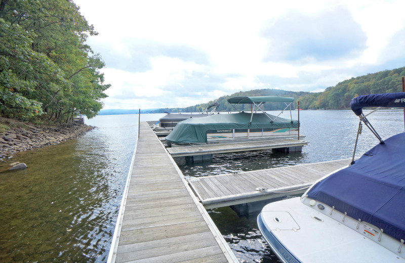 Rental dock at Railey Vacations.