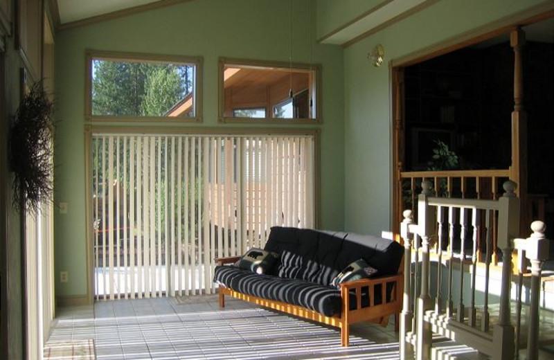 Cabin sun room at Idaho Cabin Keepers.