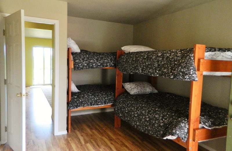 Bunk beds at Blue Mountain Retreat.