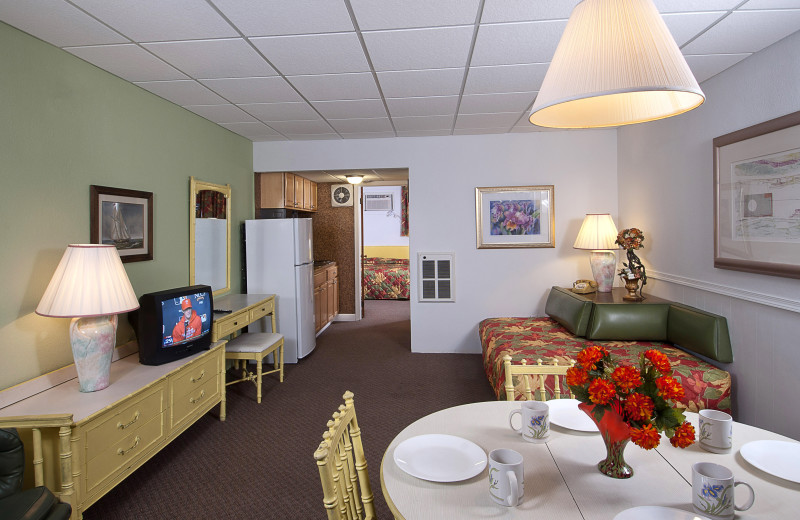 Guest suite at Aquarius Motor Inn.