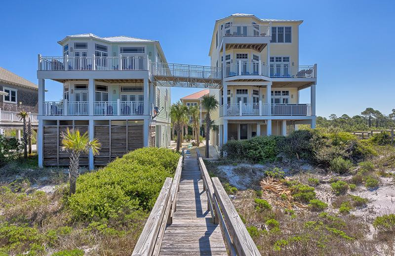 Rental exterior at No Worries Vacation Rentals.
