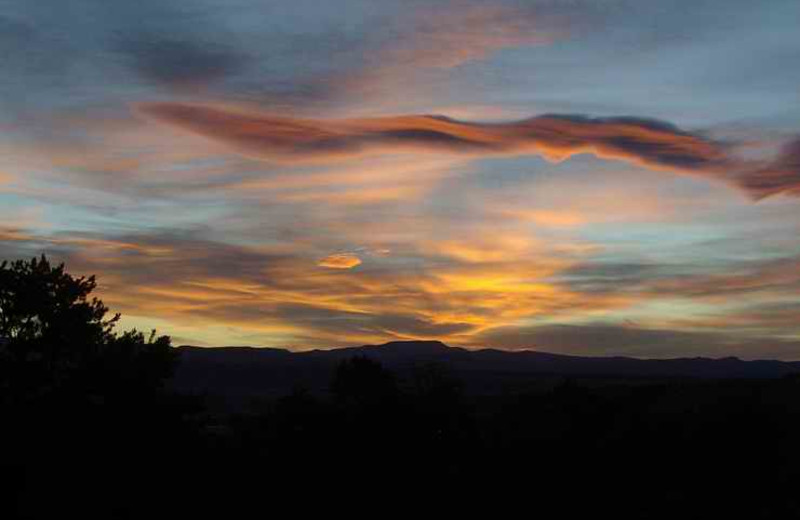 Sunset at Stone Canyon Inn.