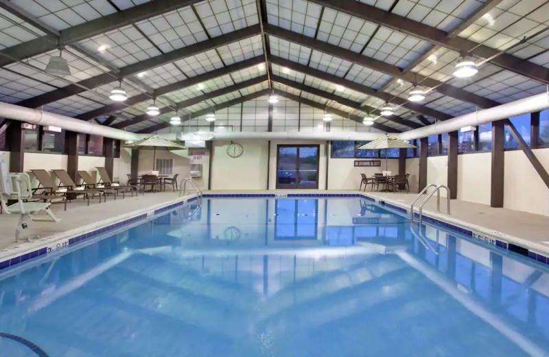 Indoor pool at Hyatt Place Chicago/Lombard/Oak Brook.