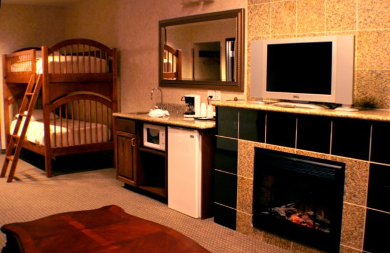 Fireplace at Rushmore Express Inn & Family Suites.