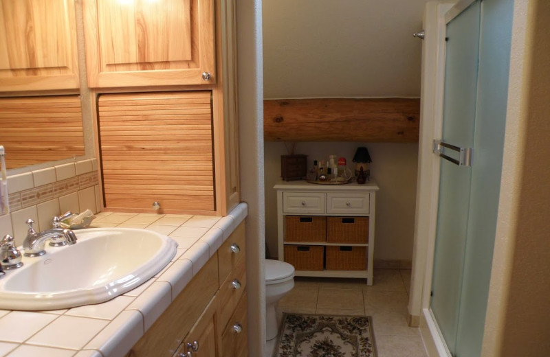 Guest bathroom at Powder Creek Ranch.