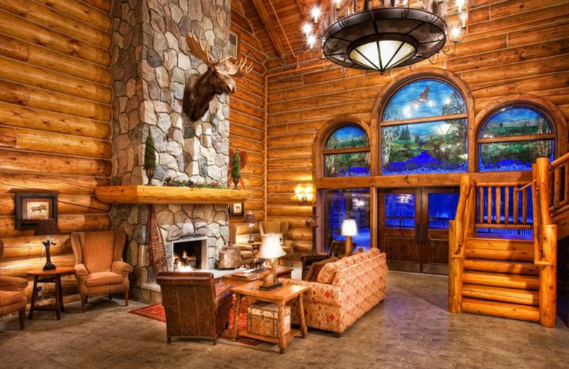 Lobby view at Garland Lodge