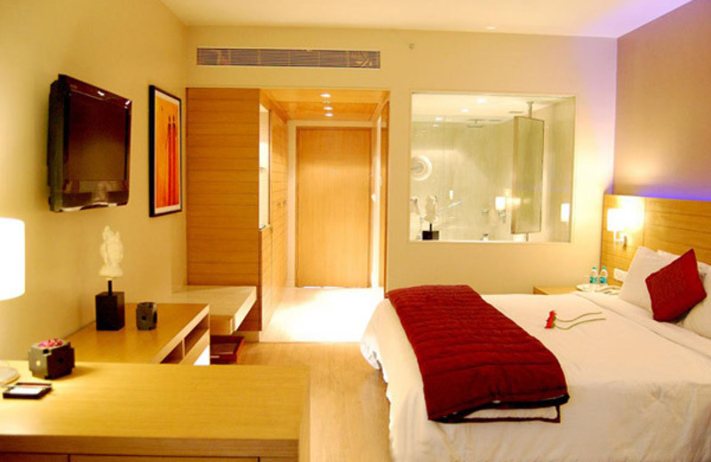 Guest room at Rama International - Welcomgroup.