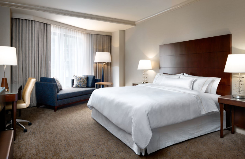 Guest room at The Westin Chicago River North.