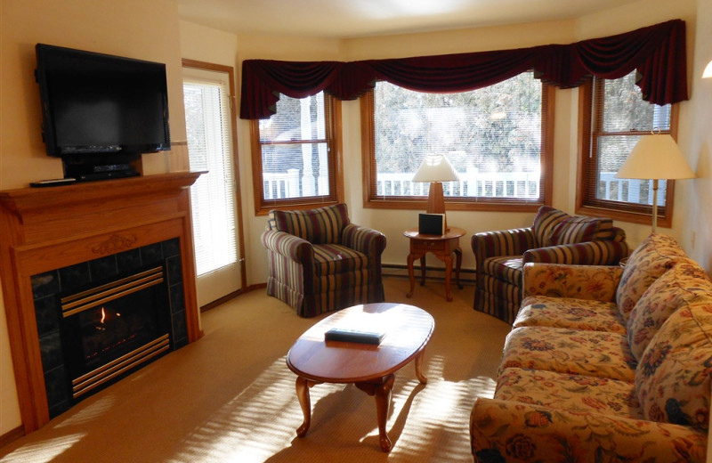 Guest living room at Pheasant Park Resort.