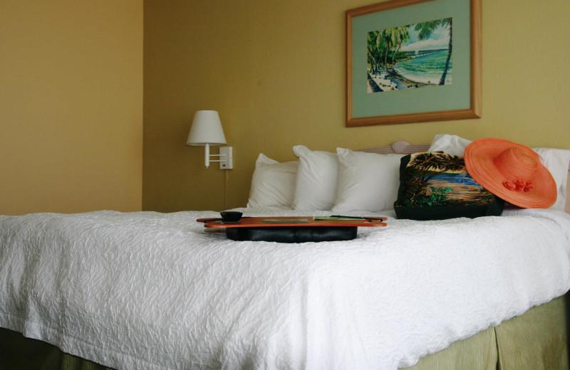 Guest bedroom at Hampton Inn & Suites Islamorada.