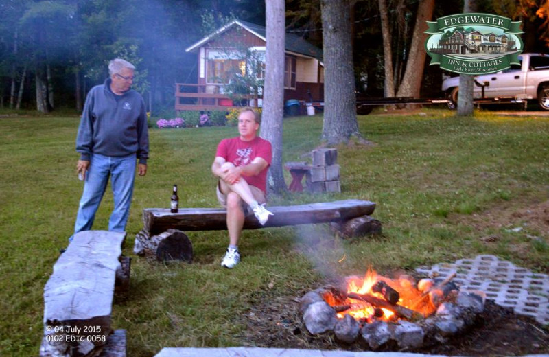 Family campfire at Edgewater Inn & Cottages.