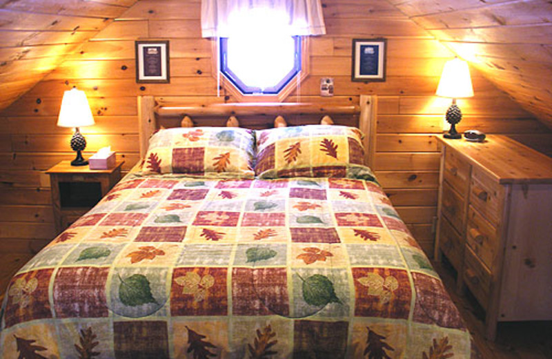 Guest bedroom at Nature's Pointe Cabins.
