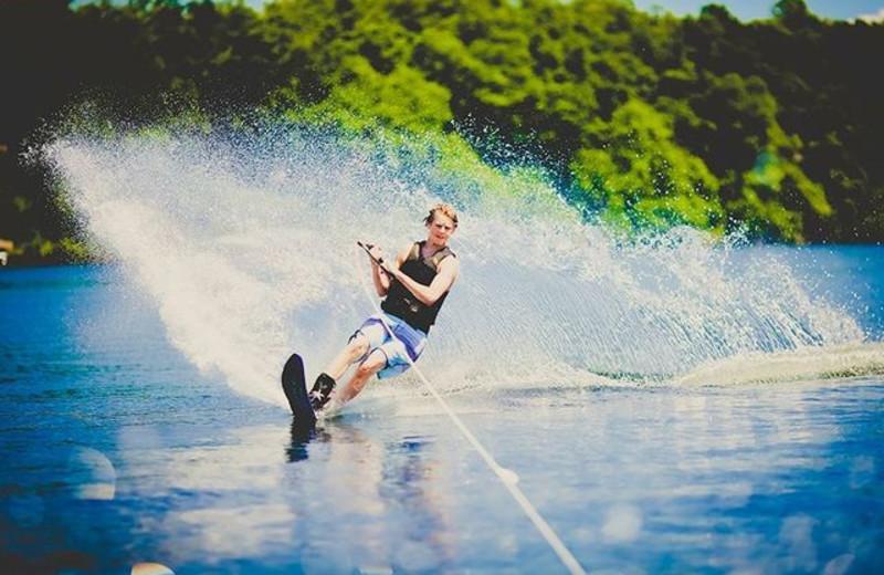Water skiing at Grand View Lodge.