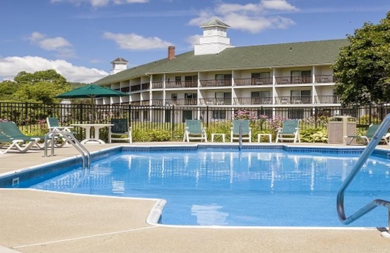 Swimming Pool at Fairbanks Inn
