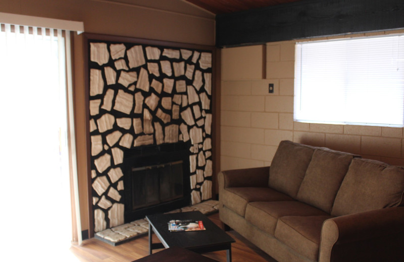 Guest living room at Hawks Landing Resort.